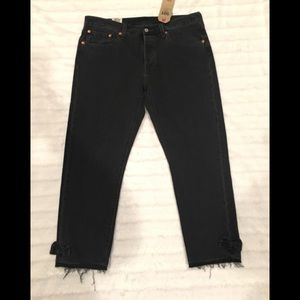 Levi's 501 Taper Cropped Black Jeans Ankle Bow